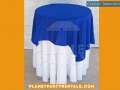 001-round-cocktail-table-with-white-tablecloth-and-overlay