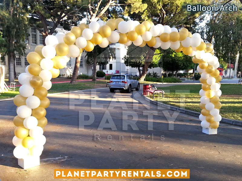 16ft Balloon Arch Spiral Design with Gold and White Balloons