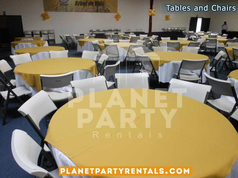 White Plastic Chairs With Round Table With White Table Cloth And Yellow  Overlay/diamond