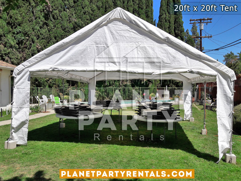 20x20 Tent with Round Tables and Plastic Chairs